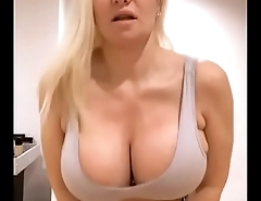 Big booty hoe continue chat
