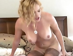 Thick &amp_ Curvy MILF Charley Chase Gets Fucked Ergo Well She Squirts