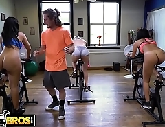 BANGBROS - Latina MILF Rose Monroe Gets Big Ass Fucked In Spin Class