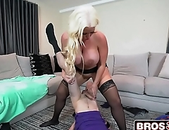Step Mom&rsquo_s New Fuck Toy - Alura Jenson