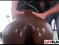 Wet Black Gal Vicky Vice Gets Rammed