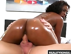 RealityKings - Round and Brown - (Lola Amor, Peter Green) - Attending It Fresh