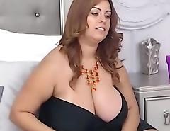 Huge tits bbw at bottom chat