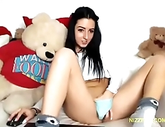 Found my cousin on webcam chat - NIZZERS.COM