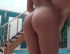 HUNT4K. Sex happenstance circumstances in chilly swimming pool