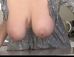 DOWNBLOUSENOW.COM - Downblouse Satirize &amp_ Big Boobs