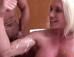 Minimal Female Bodybuilder Muscle Fucking Cumshot