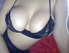 Amazing big tits blonde chat girl