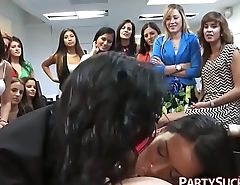 Pretty Girls Give Head