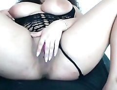 Tough girlfriend masturbating for others to see