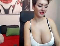 Amazing big tits jaw girl