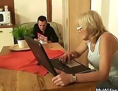 He fucks porn-loving old granny