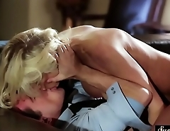 Glamorous MILF rimmed and pussy banged