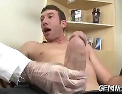Sexy floozy gets it deep inside
